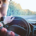 Riparati dal vento e non solo per una guida sicura
