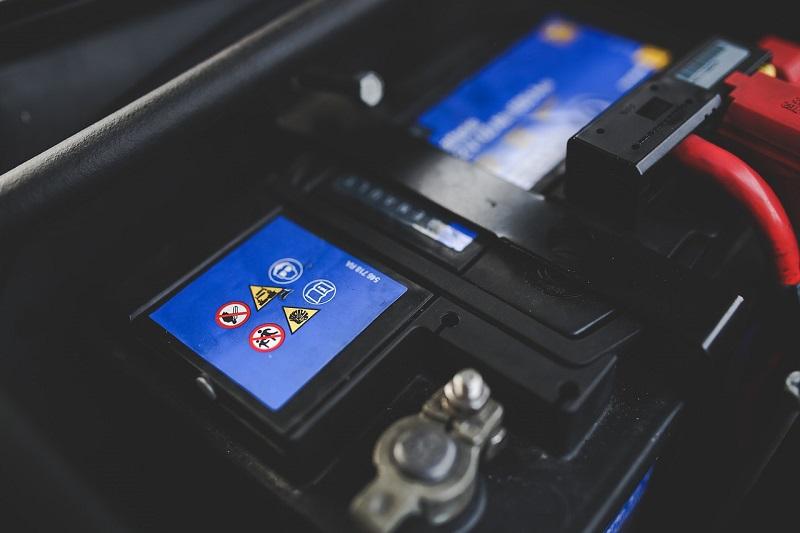 Ricambi auto - batteria auto